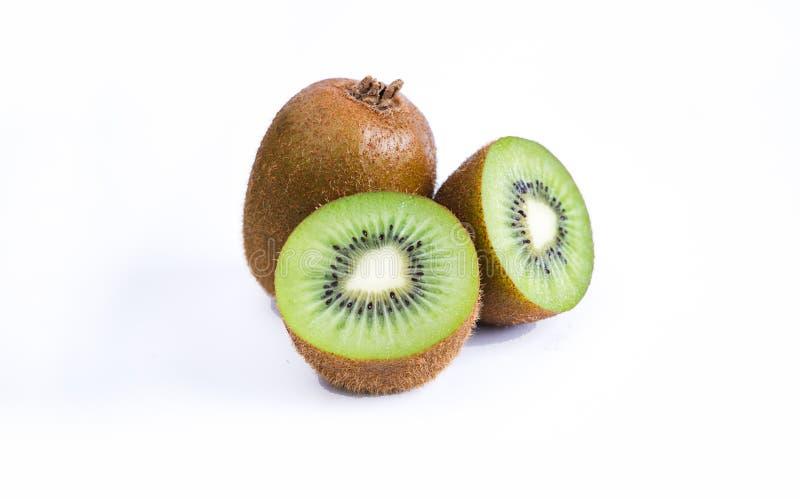 Primo piano di Kiwi Fruits On White Background fotografie stock
