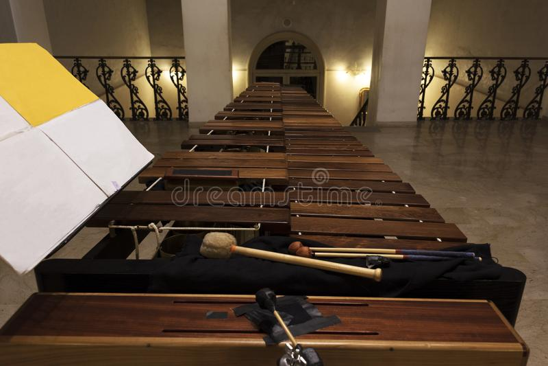 Primo piano di legno moderno della marimba fotografia stock