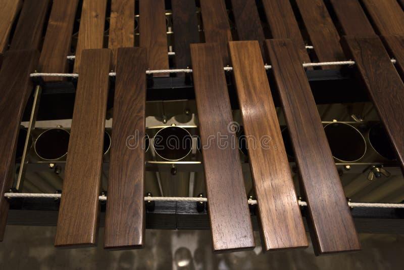 Primo piano di legno moderno della marimba fotografia stock libera da diritti