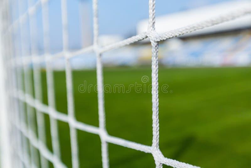 Primo piano di una rete di calcio fotografia stock libera da diritti