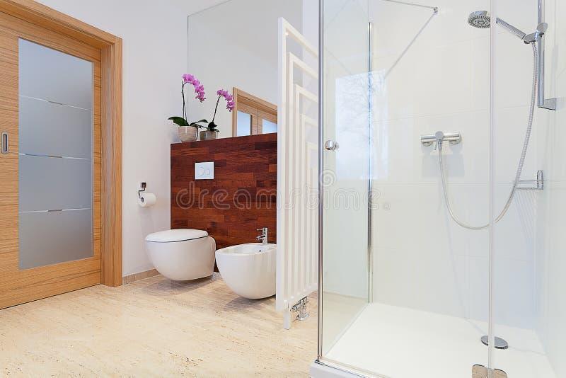 Primo piano moderno della doccia fotografia stock
