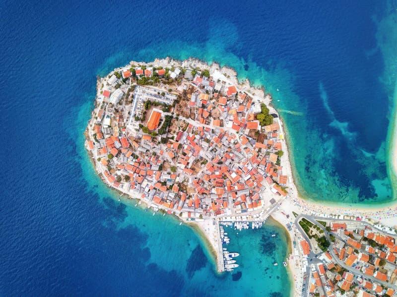 Primosten kroatisk kust royaltyfri fotografi