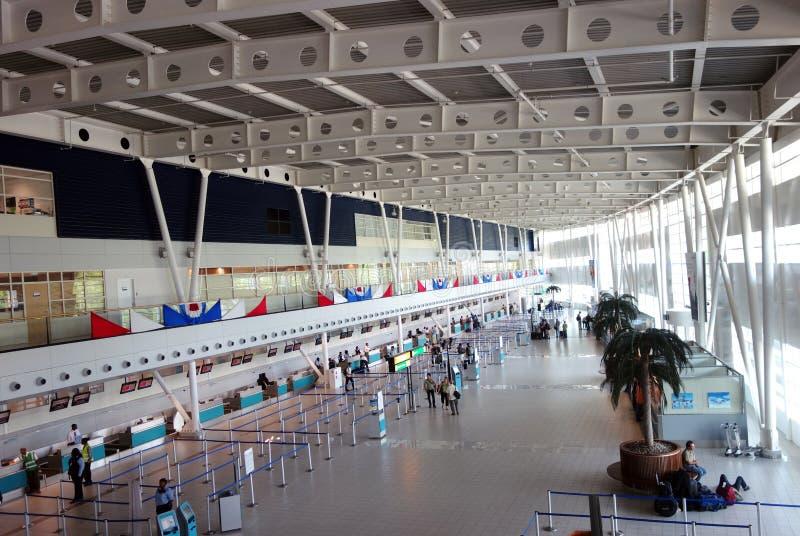 Internationell flygplats för Princess som Juliana är slutlig på St Martin. royaltyfria foton