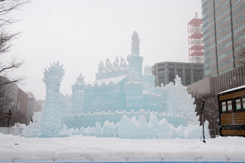 Princessen av vit påskyndar, den Sapporo Snowfestivalen 2013 arkivfoto