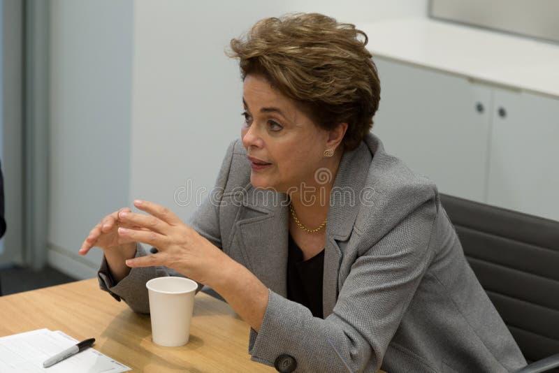 Princeton, NJ, de V.S. - 13 April, 2017 - Vroegere Braziliaanse President Dilma Rousseff royalty-vrije stock afbeelding