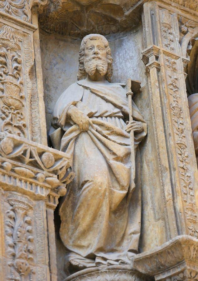 Principal de Portada em Saint Thomas Church do Haro, La Rioja imagem de stock