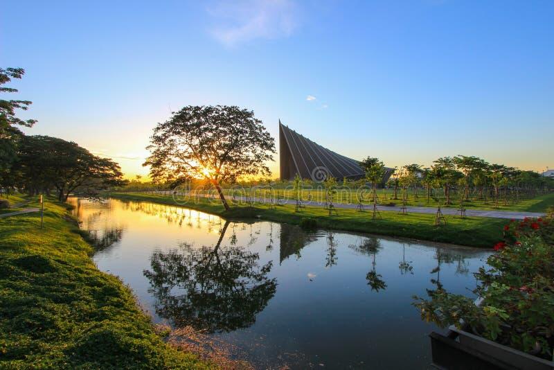 PRINCIPE MAHIDOL CORRIDOIO, università di Mahidol, Salaya, distretto di Phutthamonthon, provincia di Nakhon Pathom, Tailandia fotografia stock