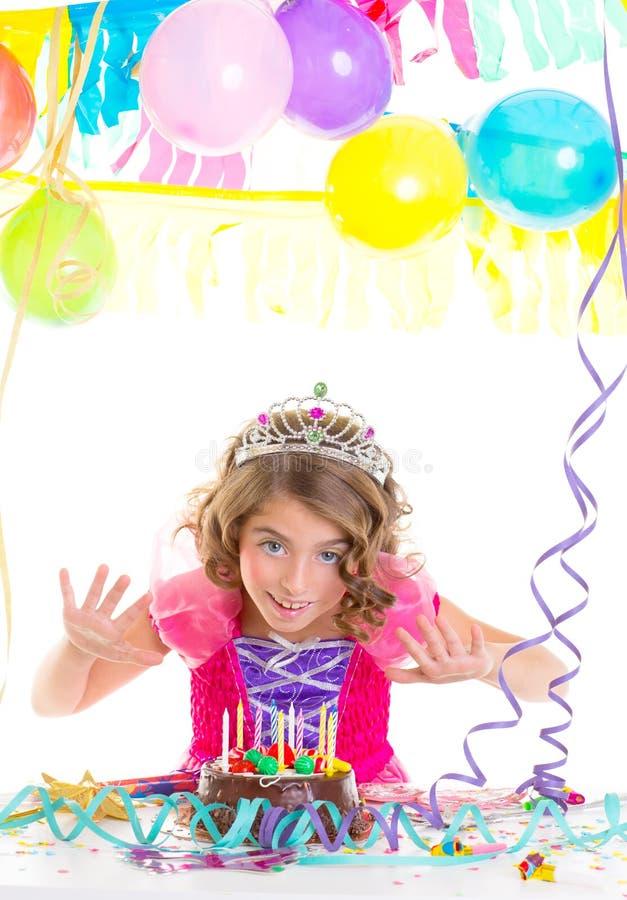 Principessa di corona del bambino del bambino nella festa di compleanno fotografia stock