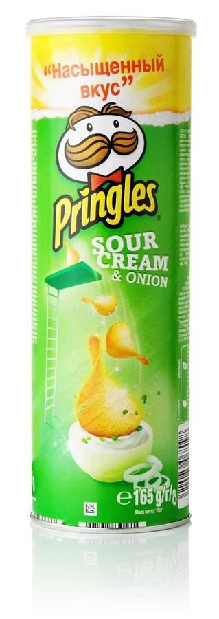 Pringles酸性稀奶油和葱 免版税图库摄影
