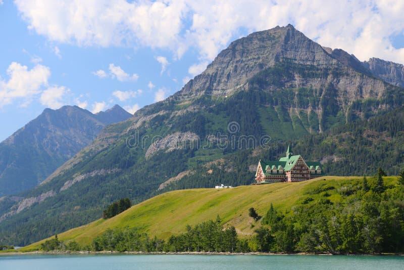 Prins av Wales hotellWaterton sjöar Kanada arkivbilder
