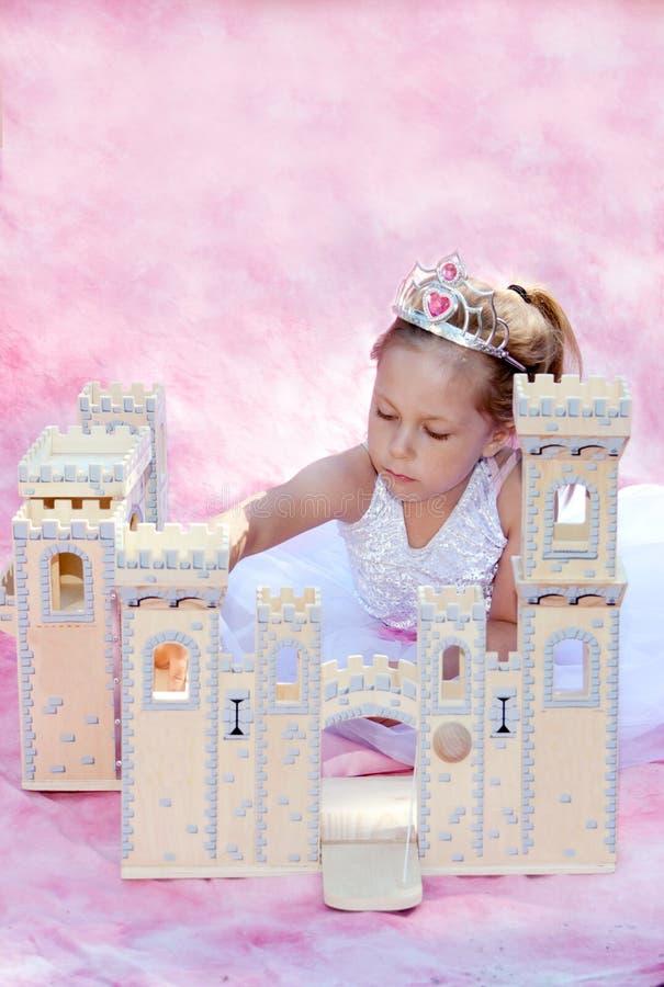 Prinses en haar kasteel stock fotografie