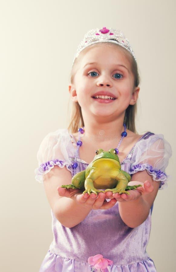 Prinsessa- och grodabegrepp royaltyfri fotografi