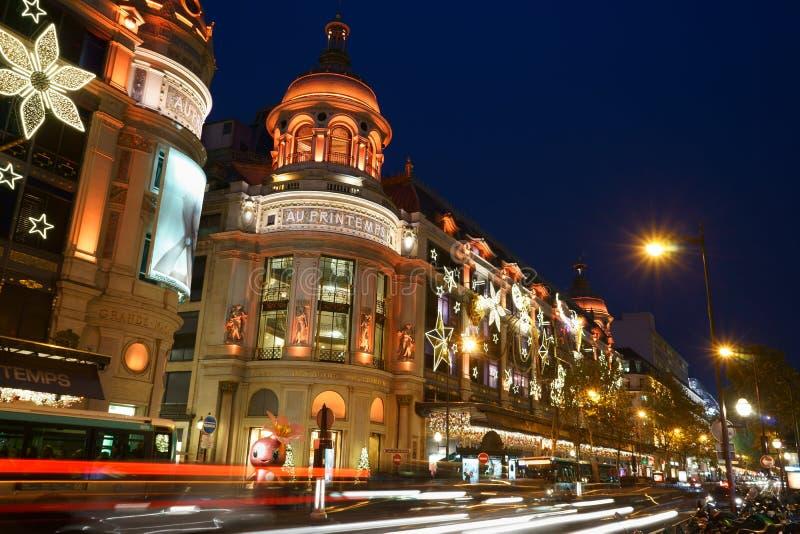 Printemps boulevard Haussmann en décembre 2015 image stock