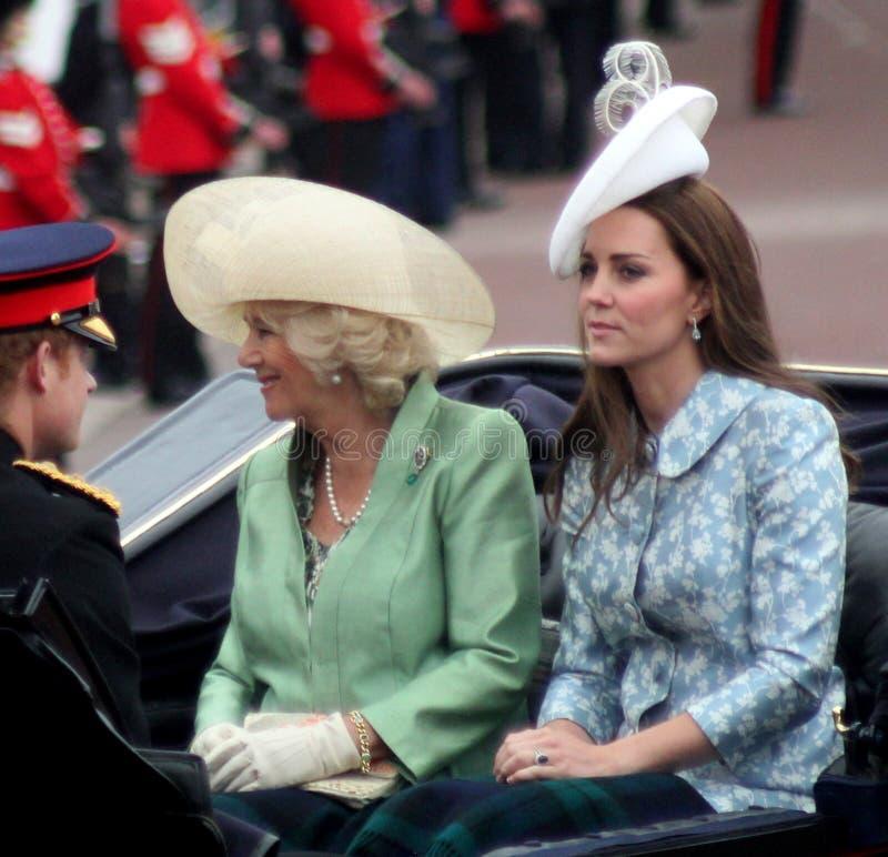 Prinz Harry The Duchess von Cornwall u. die Herzogin von Cambridge lizenzfreies stockfoto