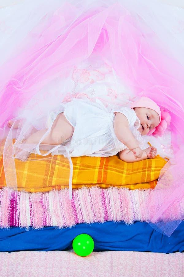 Prinzessin auf einer Erbse lizenzfreies stockbild