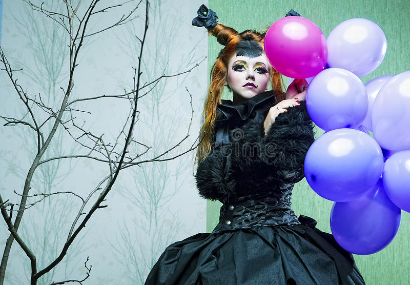 Prinzessin mit Ballonen. stockfotografie