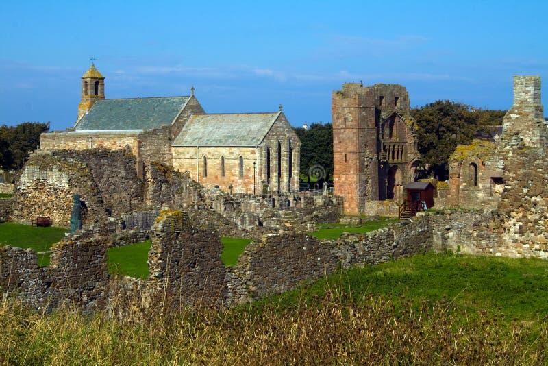 Priorato de Lindisfarne en la isla santa foto de archivo