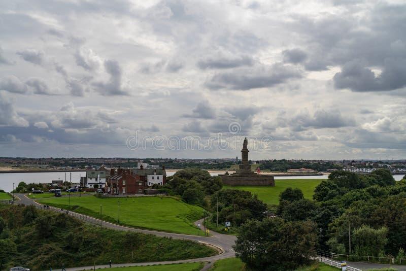 Priorato y castillo, Inglaterra septentrional de Tynemouth imagen de archivo libre de regalías