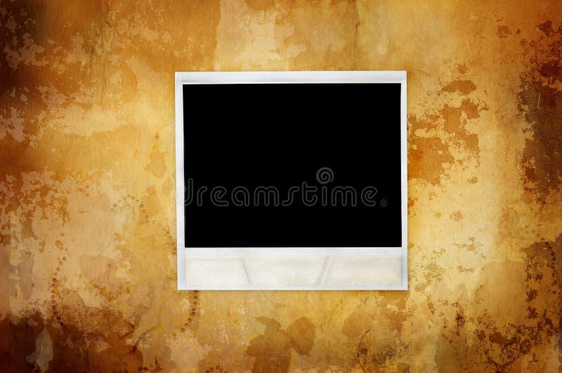 Priorità bassa calda dell'annata con il polaroid vuoto illustrazione vettoriale