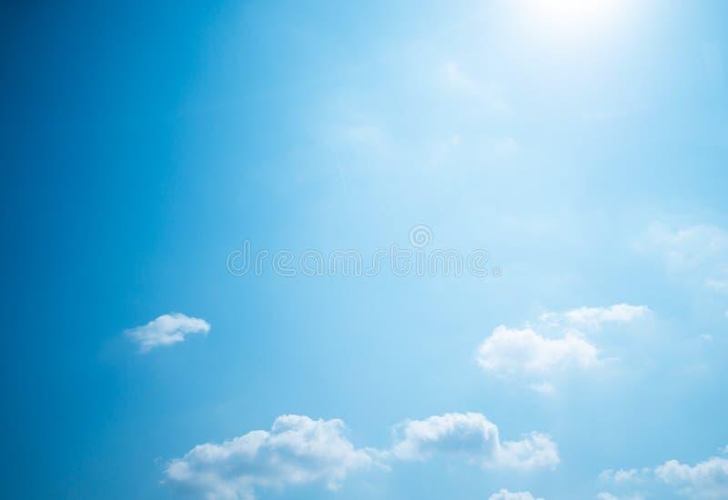 Priorità bassa del cielo blu immagini stock
