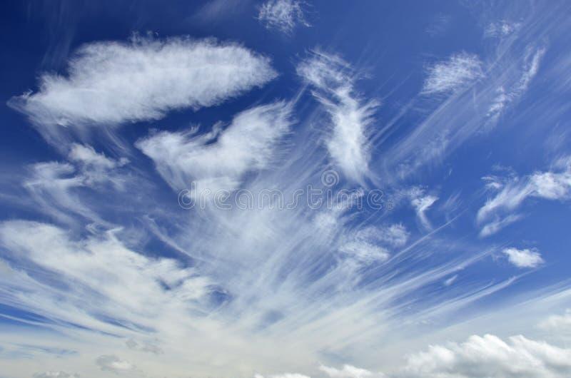 Priorità bassa del cielo blu fotografie stock libere da diritti
