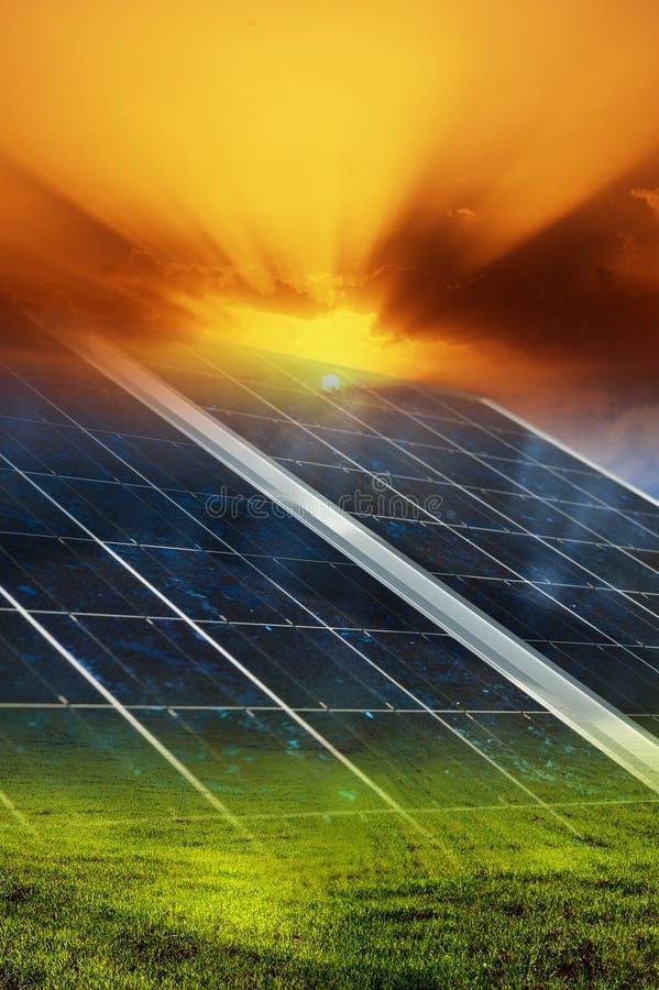 Priorità bassa del comitato solare fotografie stock