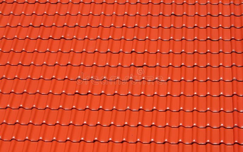Priorità bassa del tetto di mattonelle rosse fotografie stock