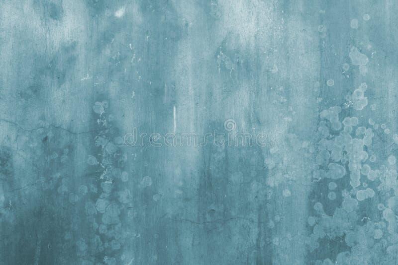Priorità bassa dell'estratto della parete di Grunge in azzurro royalty illustrazione gratis