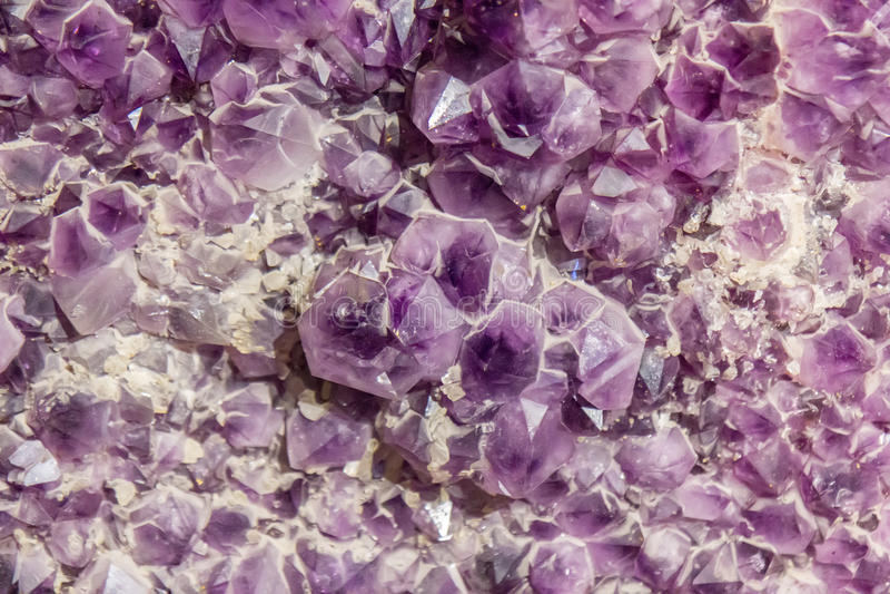 Priorità bassa di cristallo Amethyst fotografia stock