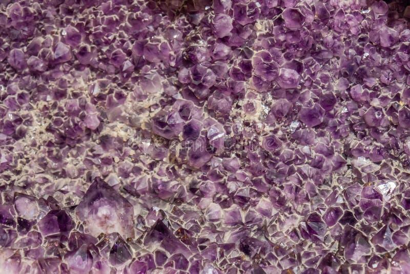Priorità bassa di cristallo Amethyst fotografie stock