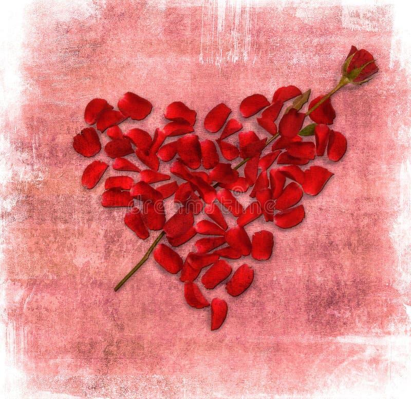 Priorità bassa di Grunge con cuore fatto dei petali di rosa royalty illustrazione gratis