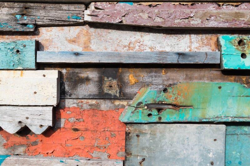 Priorità bassa di legno variopinta della parete immagine stock libera da diritti