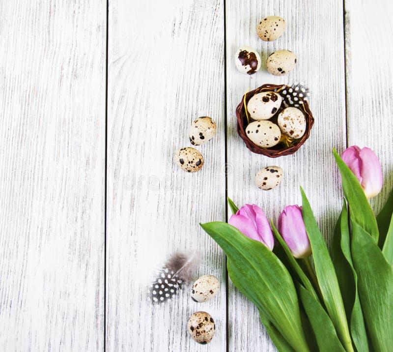 Priorità bassa di Pasqua con le uova fotografie stock