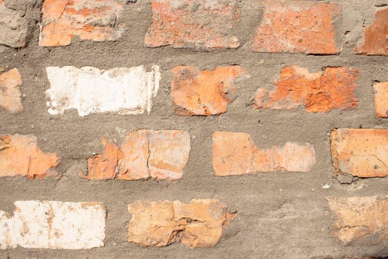 Priorit? bassa del muro di mattoni Vecchio muro di mattoni fotografia stock libera da diritti