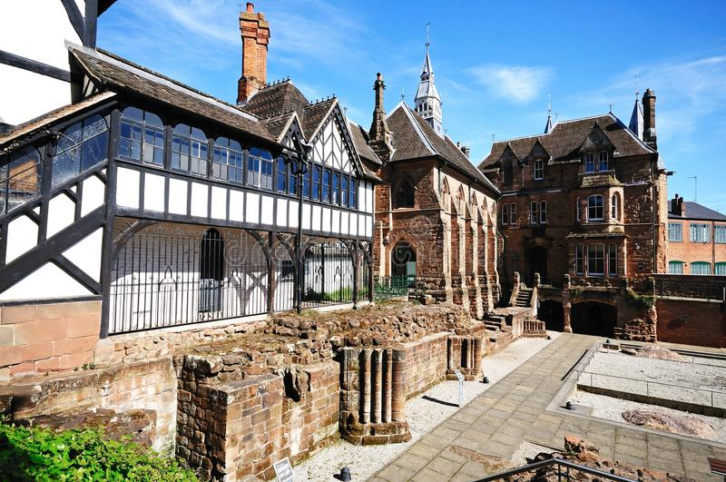 Priorsklosterträdgård för St Marys, Coventry royaltyfri fotografi