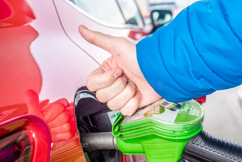 Priset av gas är mycket lågt royaltyfria bilder