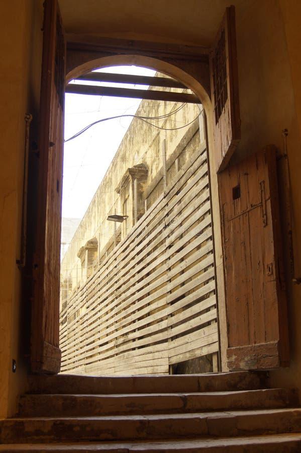 prisión militar anterior fotos de archivo libres de regalías