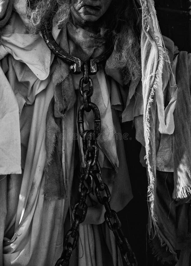 Prisioneira acorrentada fotos de stock