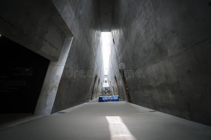 Prisma-como a estrutura triangular do museu novo da história do holocausto em Yad Vashem, Jerusalém fotos de stock royalty free