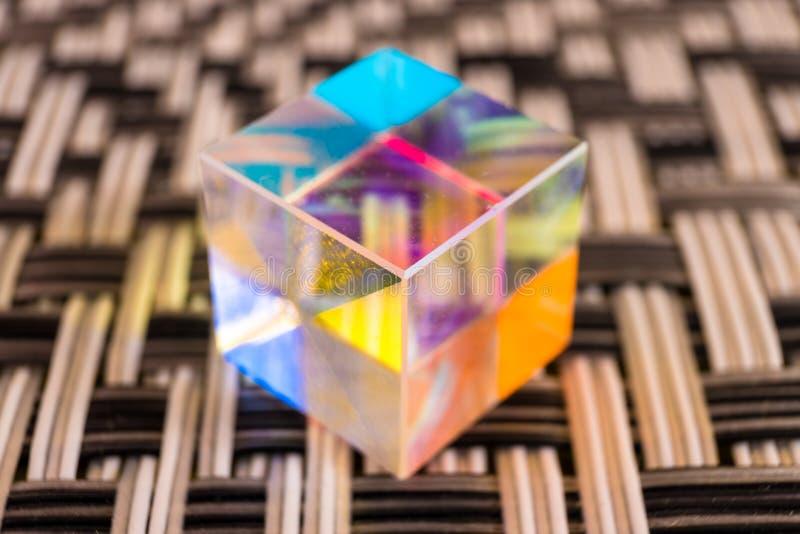 Prisma de cristal del divisor de haz del cubo foto de archivo