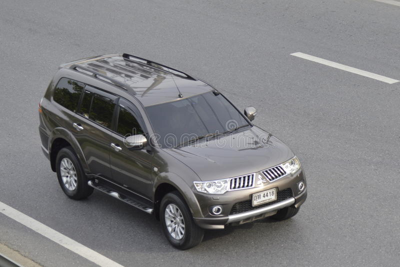 Privé auto van de Auto van Mitsubishi Pajero Suv royalty-vrije stock afbeeldingen