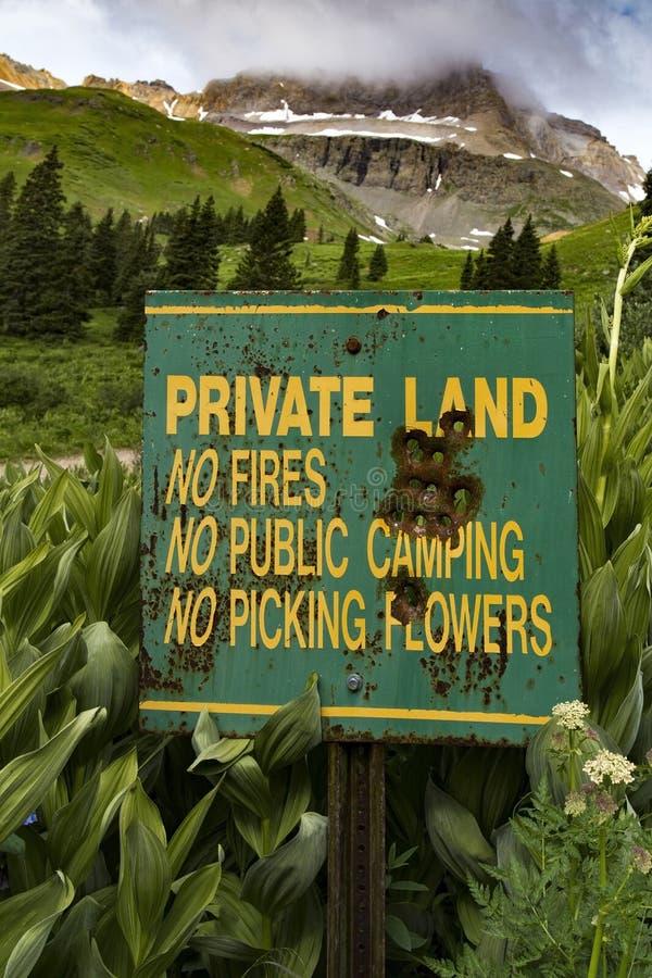 Privé Landsignage royalty-vrije stock afbeeldingen