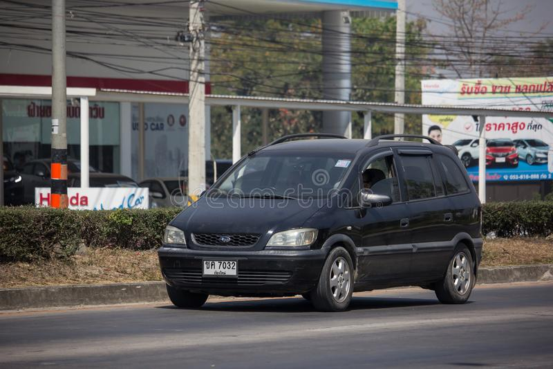 Privé SUV-auto, Chevrolet Zafira royalty-vrije stock afbeeldingen