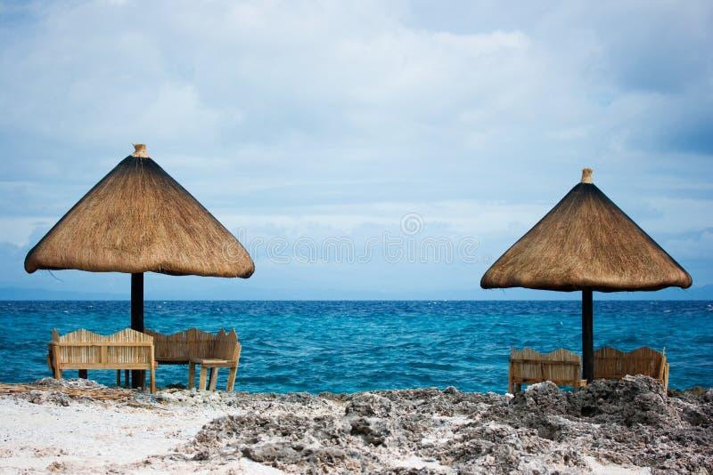Privé tropisch toevluchtparadijs royalty-vrije stock afbeeldingen