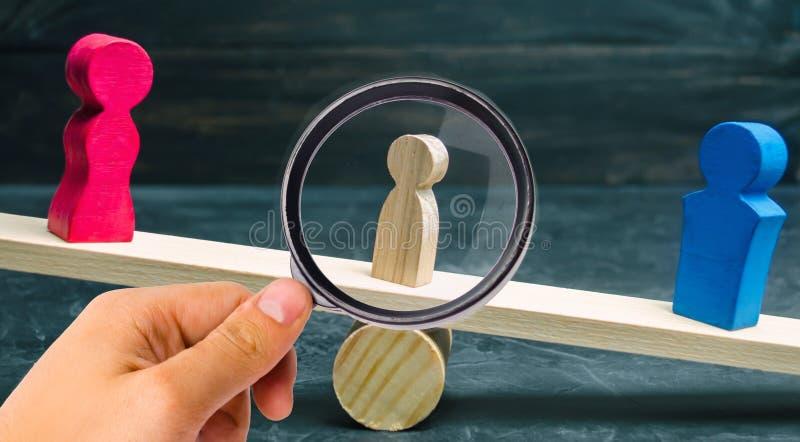 Privación de las derechas parentales concepto de custodia de un niño Divorcio legal martillo de un juez corte de familia, ley sop fotografía de archivo libre de regalías