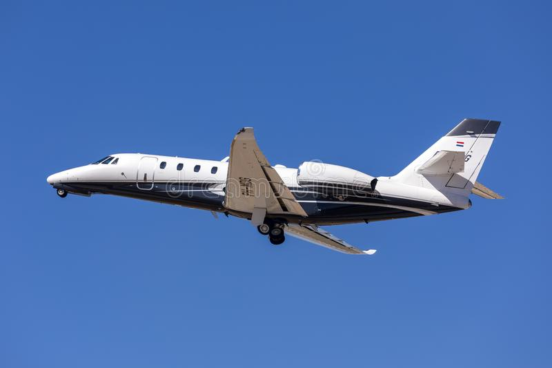 Privat Cessna stråle som tar av royaltyfria bilder