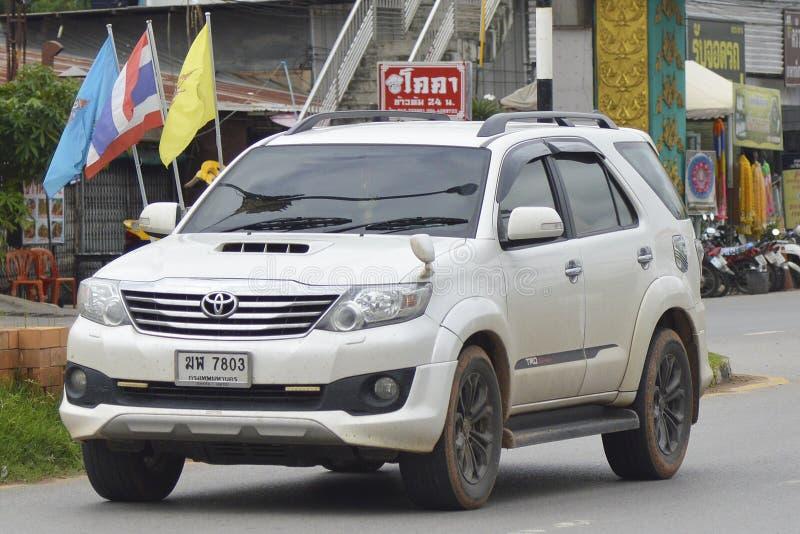 Privat suvbil, Toyota Fortuner Suv bil royaltyfria foton