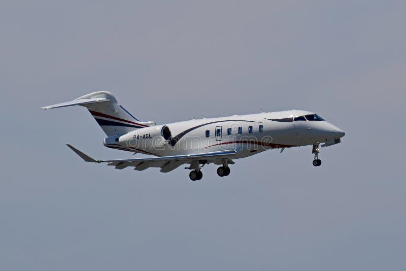 Private Flugzeuge Bombardier Challenger 350 lizenzfreie stockfotografie