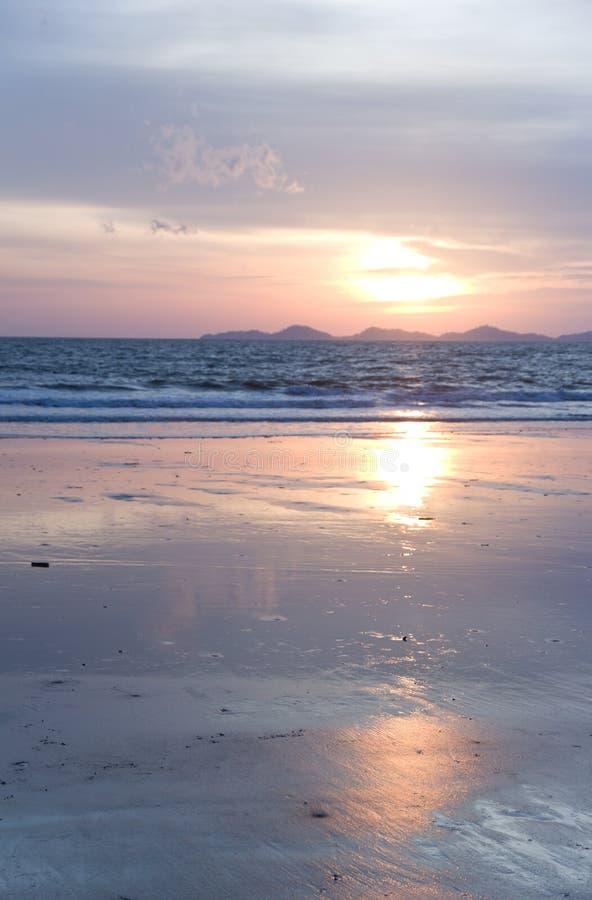 Privates Strandurlaubsort Hatchowmai Trang Thailand lizenzfreies stockfoto