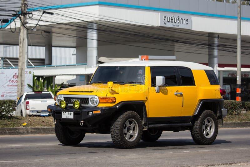Privatwagen, Kreuzer Toyotas FJ lizenzfreie stockbilder